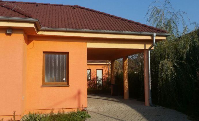 Ponúkame na predaj nové polyfunkčné priestory v obci Šárovce - 2 ambulancie, lekáreň, garsonka! ZNÍŹENÁ CENA!!!!!