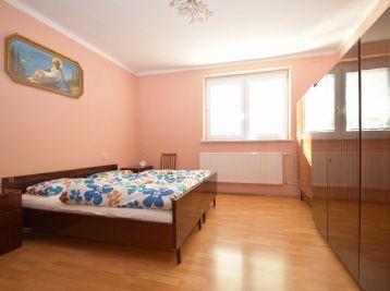 3. izb. rodinný dom s kompletným zariadením (pozemok 818m2) - Drahovce