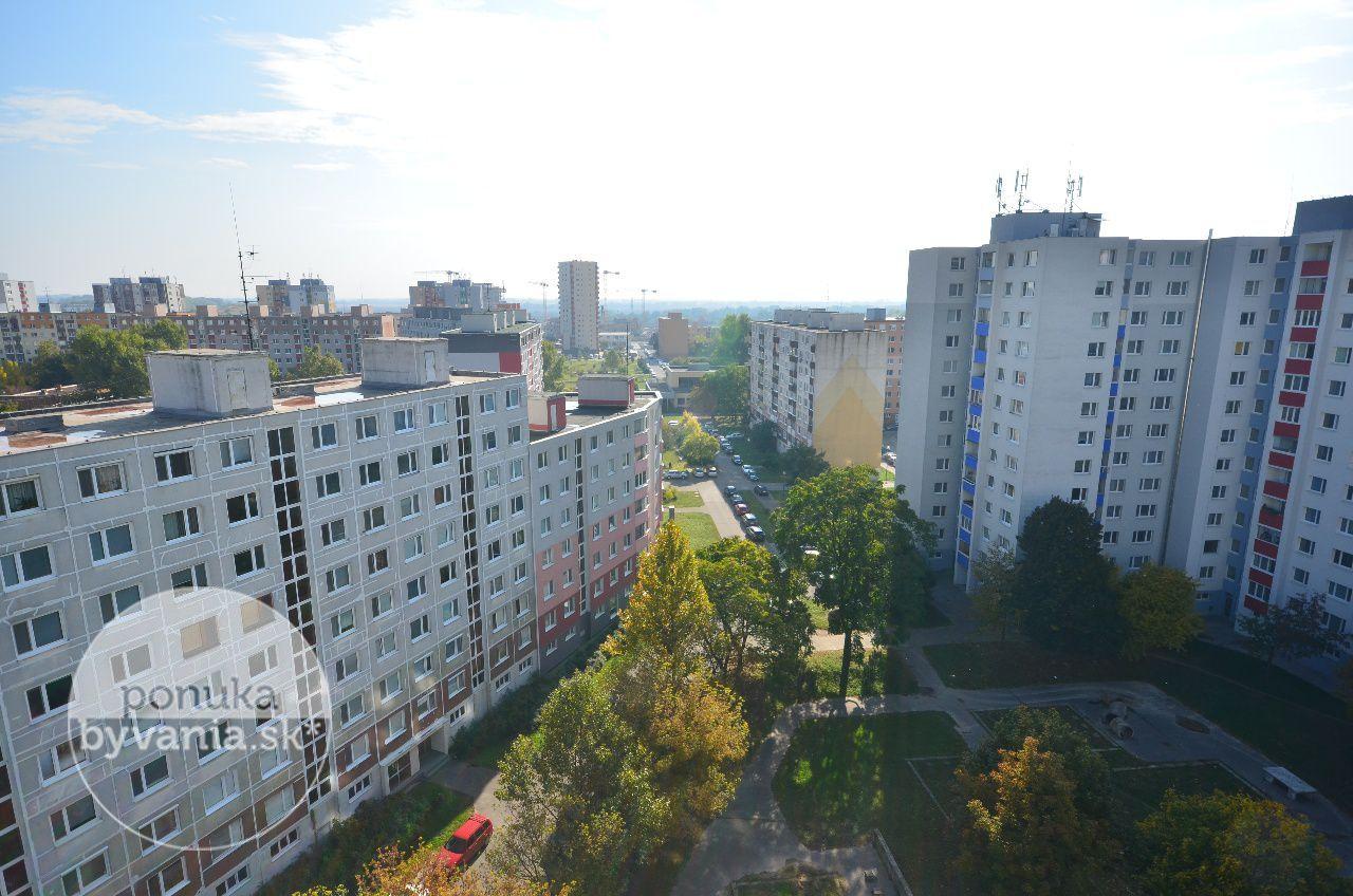 ponukabyvania.sk_Krásnohorská_3-izbový-byt_archív