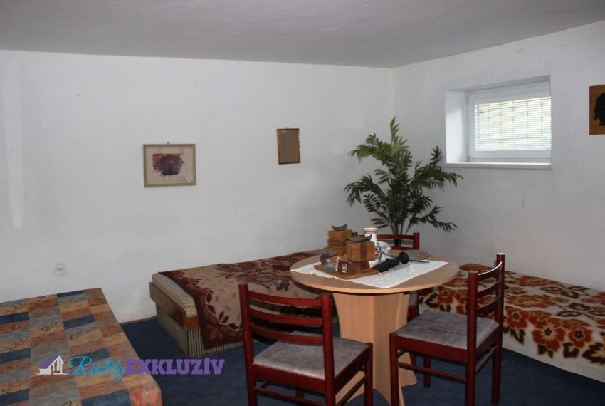 Predaj Rodinné domy Horný Tisovník-17