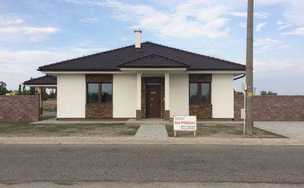 Novostavba/bungalov, 4-izbový rodinný dom so štandardom na predaj v obci Holice