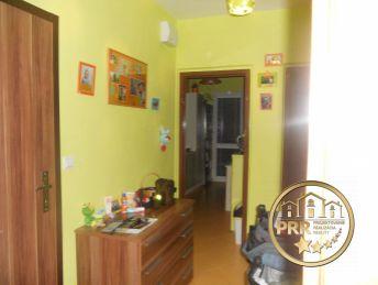 Kompletne prerobený 2-izb.byt v Bánovciach n/B-.na predaj