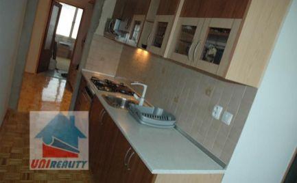 PREDANÉ - BÁNOVCE NAD BEBRAVOU- útulný 3 izbový byt /sídlisko DUBNIČKA / čiastočná rekonštrukcia