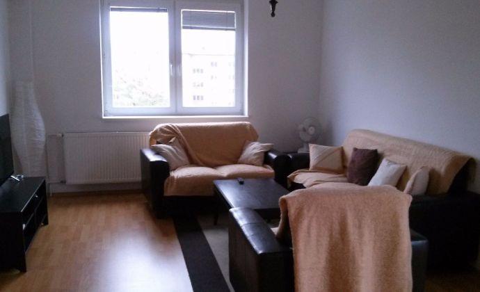 Best Real - prenájom 2izbového bytu na Krížnej ul., Bratislava Staré Mesto, 70m2.