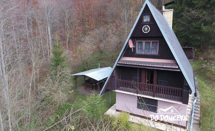 VIRTUÁLNA PREHLIADKA v texte - Predám krásnu a útulnú chatu nedaleko Tisovca