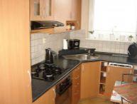REALFINANC - 100% aktuálny ! Ponúkame na predaj 3 izbový byt s loggiou, po kompletnej rekonštrukcii na ulici V.Clementisa, sídl. Družba, Trnava !!!
