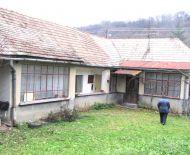 Predaj, rodinný dom s väčším pozemkom, Drážovce