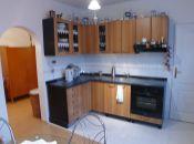 Na predaj 3 izbový byt v Topoľčanoch v priem.zóne so staveb.pozemkom