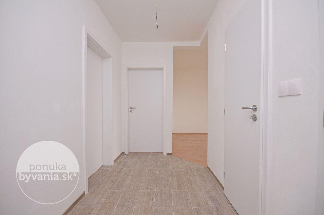 ponukabyvania.sk_Banšelova_3-izbový-byt_archív