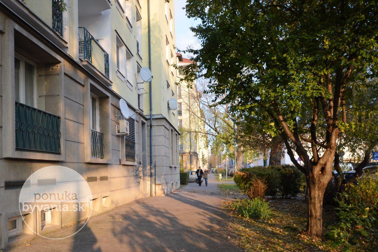ponukabyvania.sk_Páričkova_1-izbový-byt_LUPTÁK
