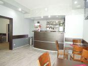 ODSTÚPIME ZABEHNUTÝ PODNIK – kaviareň, bar  V SENCI – CENTRUM.