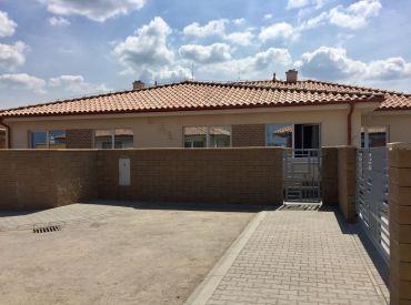 Nový projekt na začiatku Rovinky www.trhovepolia.sk!!! Krásny bungalov od 169 000,- !!!Dom c.2 REZERVOVANÉ