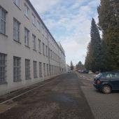 Veľký výrobno-skladový areál s administratívnym objektom v Dubnici nad Váhom