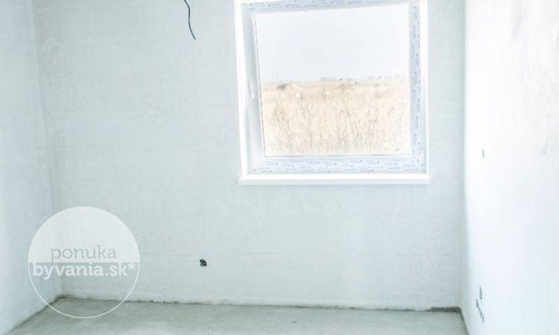 ponukabyvania.sk__Rodinný-dom_archív
