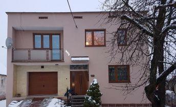 Rodinný dom s pozemkom 2100m2 – Beluša