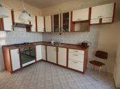 Na prenájom 3 izbový byt s garážou v Topoľčanoch.