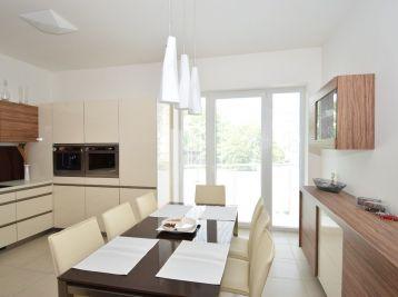 Nadštandardný 3 izb. byt 89 m2, Teplická ul., Piešťany