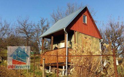 PREDANÉ - BN - Chatka so záhradou pri Zornici / vodovod /výmera 650 m2
