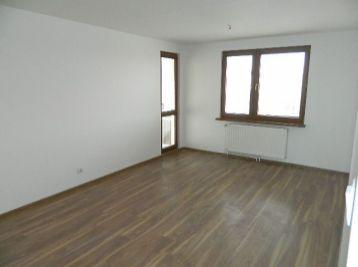 Predáme kompletne prerobený 4-izbový byt vo výbornej lokalite v Šamoríne