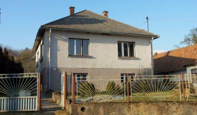 Rodinný dom s veľkou záhradou na predaj, Kysak