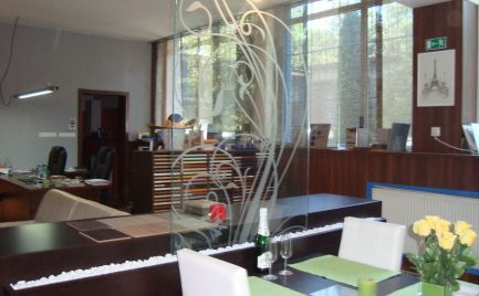 Predaj Podnikateľský objekt so širším využitím Bratislava - Ružinov, Pošeň.