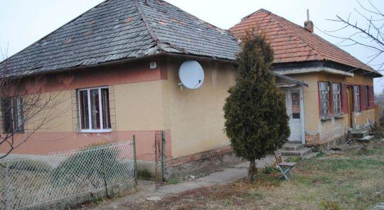 Rodinný dom v pôvodnom stave na predaj
