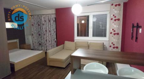 Exkluzívne na prenájom nový, zariadený 1 izbový byt s balkónom, 36 m2, Borčice