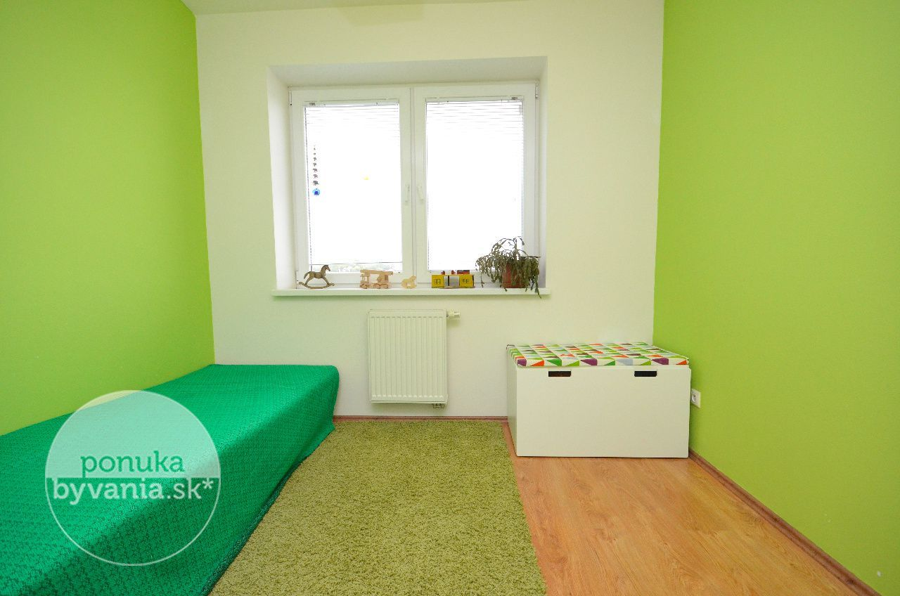 ponukabyvania.sk_Družstevná_3-izbový-byt_HANUSKA