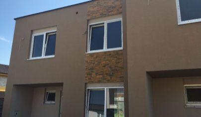 Predáme  na predaj novostavbu 4 ozbového  Rodinného domu  v  Bernolákove.