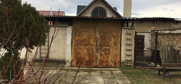 Záhorská Ves - sklad garáž
