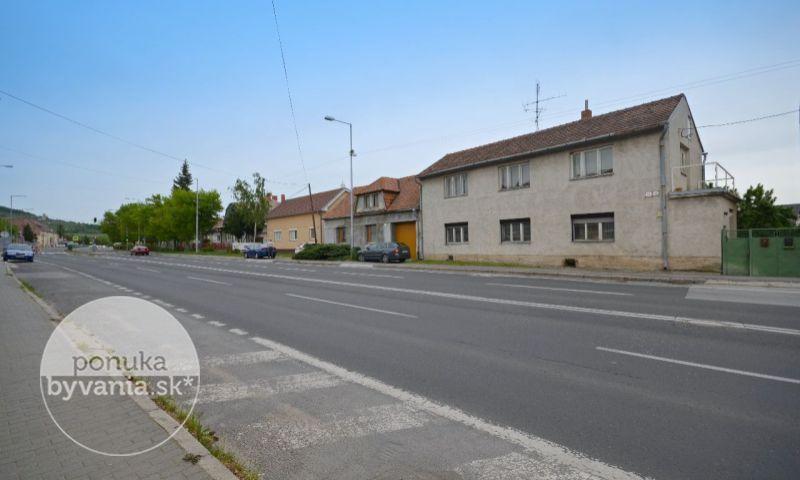 ponukabyvania.sk_Krajinská cesta_Rodinný-dom_archív