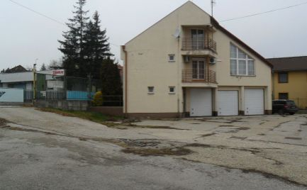 Predám polyfunkčný areál pre obchod a služby s dvoma budovami v Nitre.
