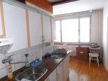Detva, sídlisko – 2-izbový byt s loggiou – predaj