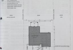 Predám novostavbu luxusného rodinného domu v tichej oblasti s veľkým pozemkom