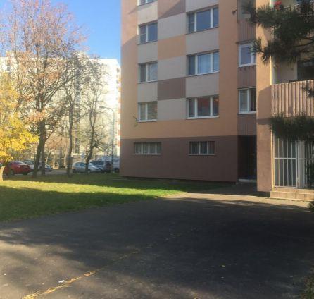 STARBROKERS - Prenájom nebytových priestorov 85m2, Ambroseho ul., Petržalka, BA V