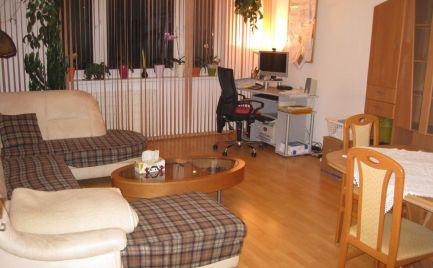 Veľký, čiastočne prerobený 3 izb byt v Šamoríne