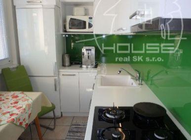 PREDAJ: 2 izbový byt Dúbravka - výhodná ponuka
