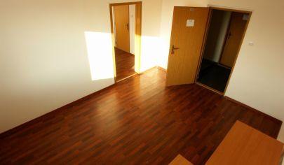 Na prenájom: Príjemné kancelárske priestory od 14,5m2 + parking v Biznis parku -= Rampová =- Košice