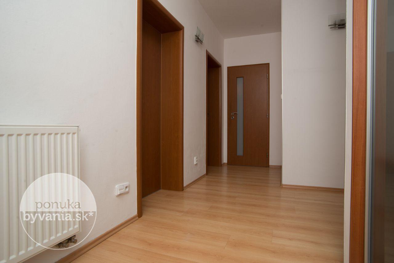 ponukabyvania.sk_Hlboká cesta_3-izbový-byt_archív