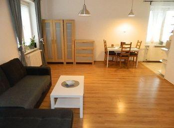 Prenajmeme čiastočne zariadený 2-izb. byt v Seredi