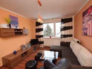 2 izbový byt, 49 m2, výťah, balkón,kompletná rekonštrukcia, Bratislavská ul., Piešťany