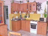 REALFINANC - Priestranný 4.-izb. rodinný dom s veľkým pozemkom, obec Kátlovce
