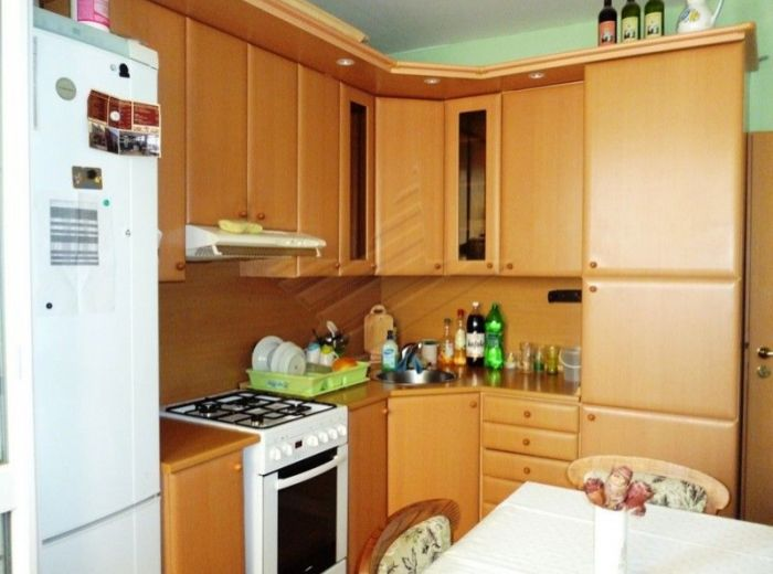 PREDANÉ - ČIERNOVODSKÁ, 3-i byt, 71 m2 – zrekonštruovaný byt s krásnym výhľadom, BLÍZKO ŠKOLY, IDEÁLNA INVESTÍCIA PRE RODINU S DEŤMI