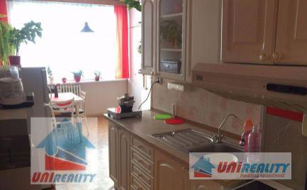 PREDANÉ    BÁNOVCE NAD BEBRAVOU- 3 izbový byt / SEVER / pôvodný stav