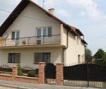 Dvojgeneračný rodinný dom, 1140 m2, Trenčianske Stankovce