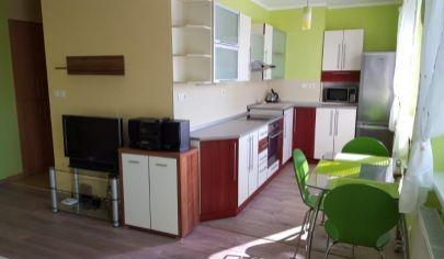 MARTIN - NÁJOM - zariadený 2-izbový byt 56m2 s balkónom, Martin - Podháj