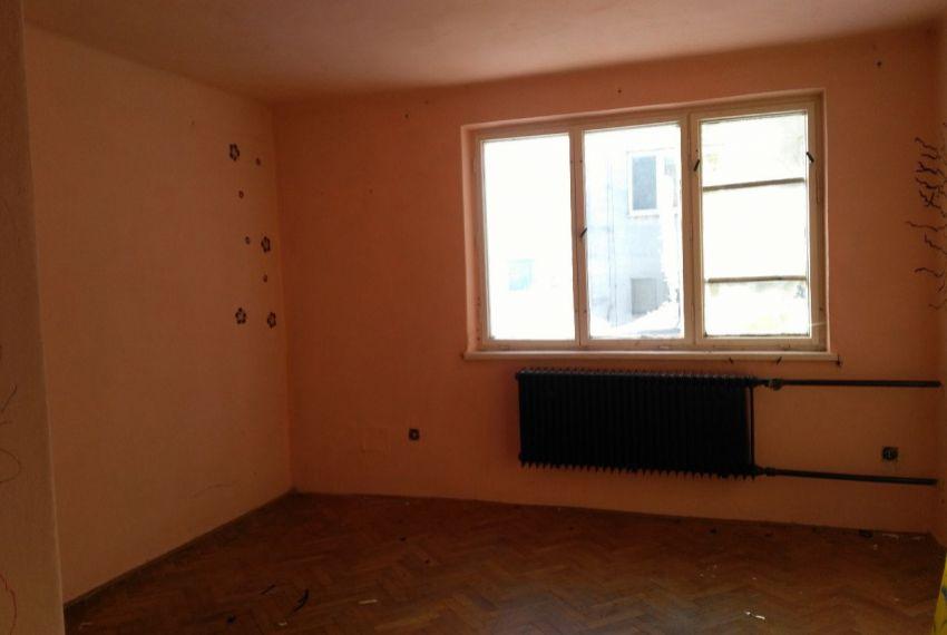 Predaj 3 izbový byt Ipeľský Sokolec
