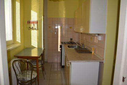 Prenájom, 3 izbový byt, 60 m2, Handlová