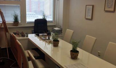 Prenajmeme kanceláriu v administratívnej bodove v Dúbravke