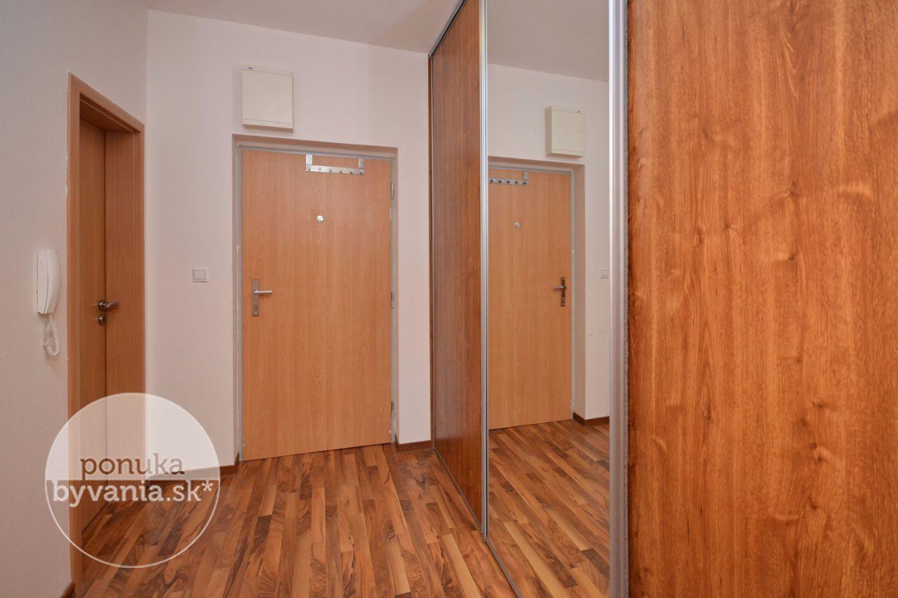 ponukabyvania.sk_Antolská_1-izbový-byt_KOVÁČ